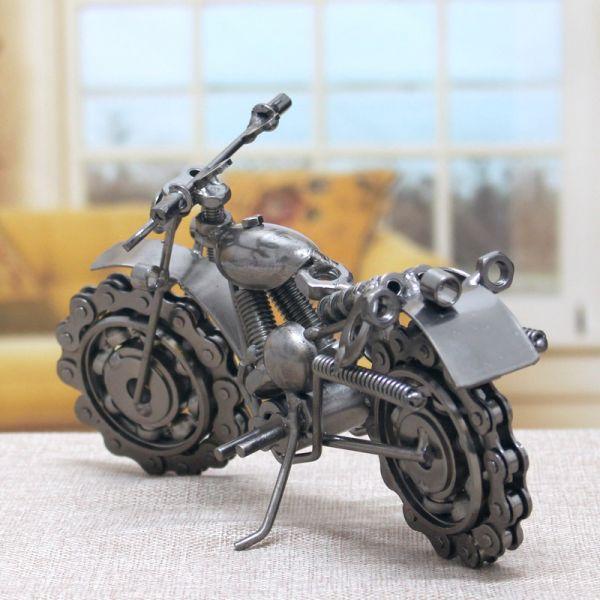 verslo orginalios idomios dovanos vyrams vyrui metalinis motociklas modelis modeliukas  3