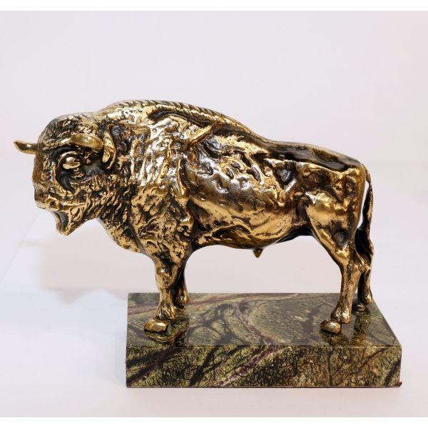 4kg Varinis stumbras bizonas jautis ant marmuro - prabangios verslo dovanos partneriams