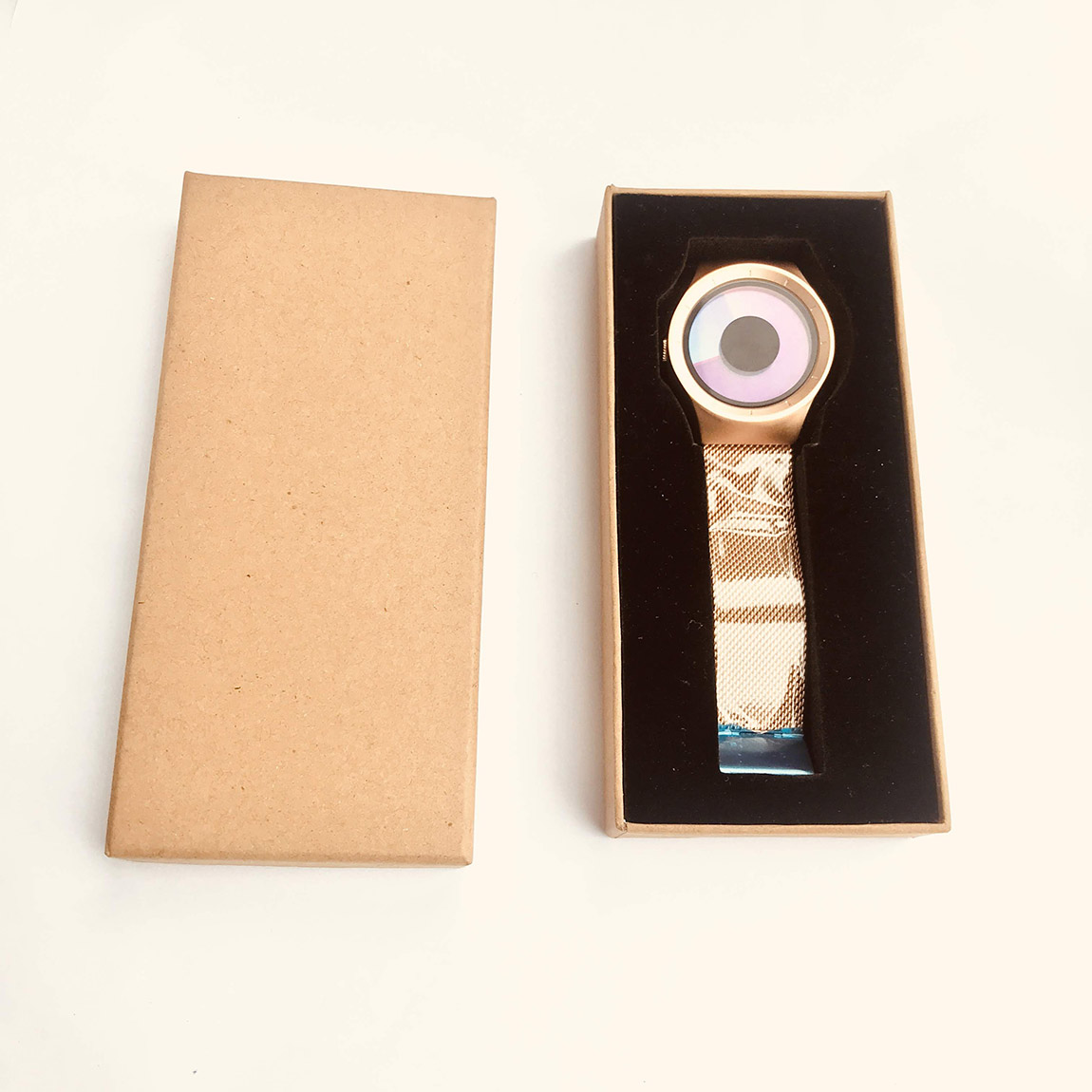 modernus moteriskas laikrodis  dovanos moterims merginai panelei siuolaikiskas modernus isskirtinis unikalus orginalus moteriskas laikrodis sportiska98