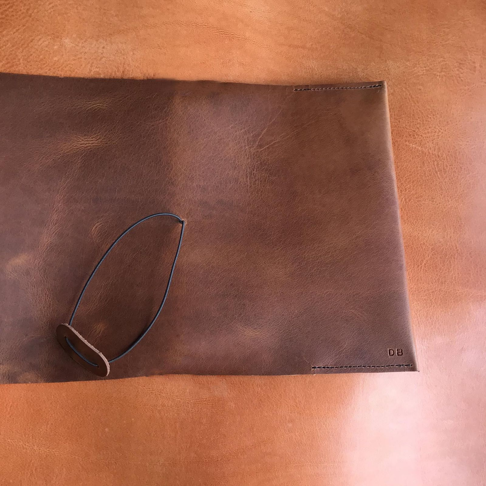ruda vyriska odine uzrasine odinis dienorastis ranku dabo naturalio odos  vyrams  dovanos vyrui vaikinui broliui gimtadienio proga 23