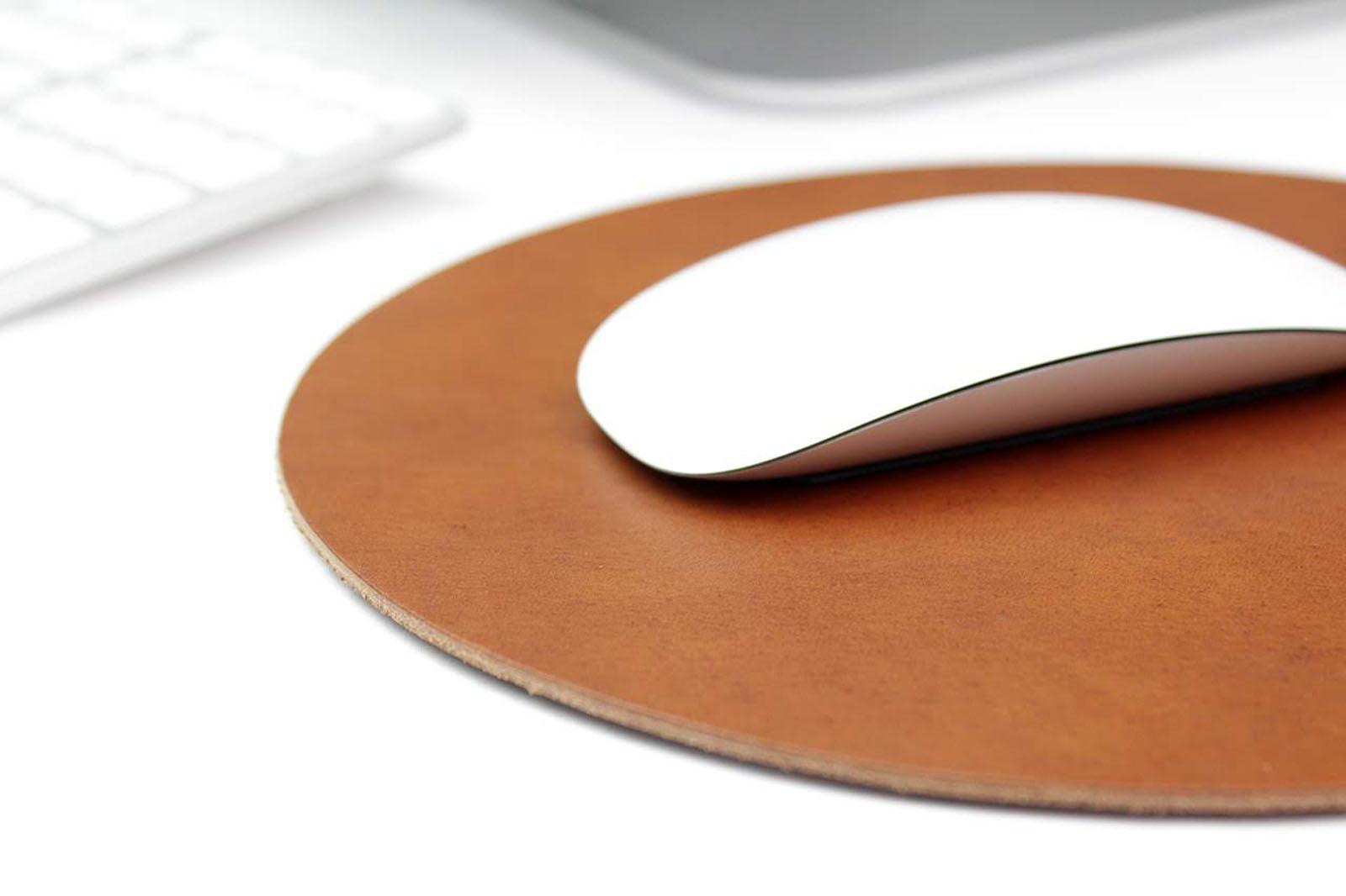peles  kilimelis odinis naturalios odos   dovanos vyrams  ranku darbo peles padas  gimtadineio sukaktuviu proga teciui vyrui dovana