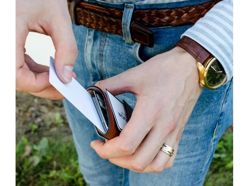 Naturalios odos banko korteliu vizitiniu slim pinigine vyriska vyrui mini maza moderni  deklas is odos imaute odiniai gaminai kaledines gimtadienio prabangios brangios dovanos vyrui vyrams teciui sunui 33
