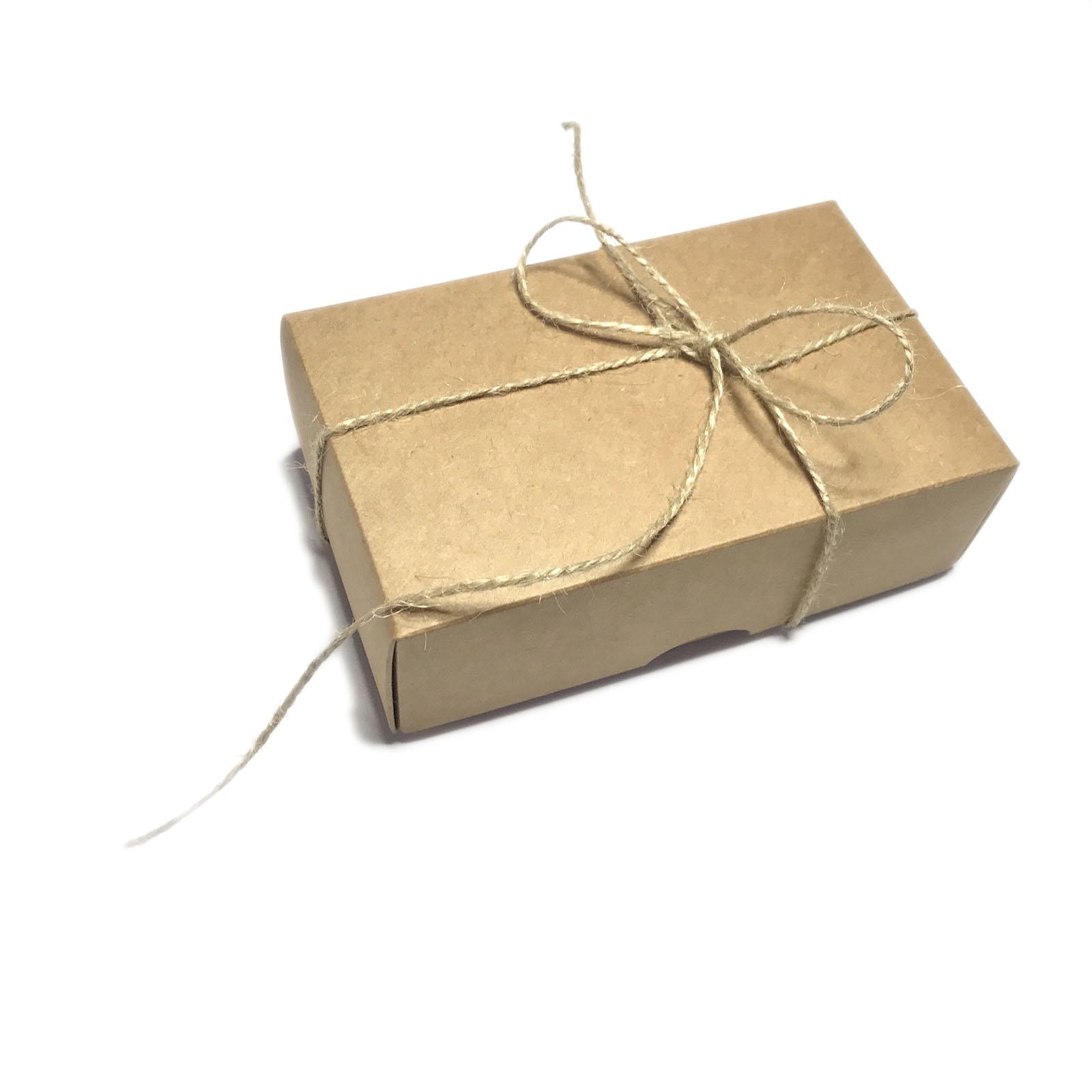 dovanos dezutes vyrams vyrui teciui sunui kartonines su bantuku dziutu